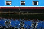 Narrowboat On Wey Navigation Surrey UK.jpg