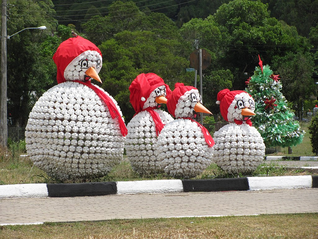 Christmas Decorations Recycled Materials : File natal luz de mariana pimentel g wikimedia commons