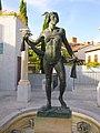 Navalcarnero - Plaza del Teatro, escultura 'La Musa'.jpg