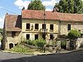 Nesles-la-Valle (95), rue de Chenival - rue de Pontoise 2.jpg