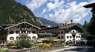 Zillertal - Image: Neue Post Mayrhofen 2
