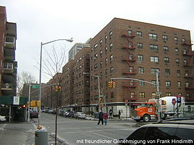 New York City - Queens - Boulevard in Rego Park.jpg