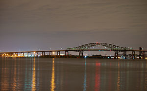 Newark Bay Bridge - Image: Newark Bay Bridge at night time
