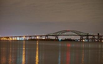 Newark Bay Bridge - Image: Newark Bay Bridge at night time