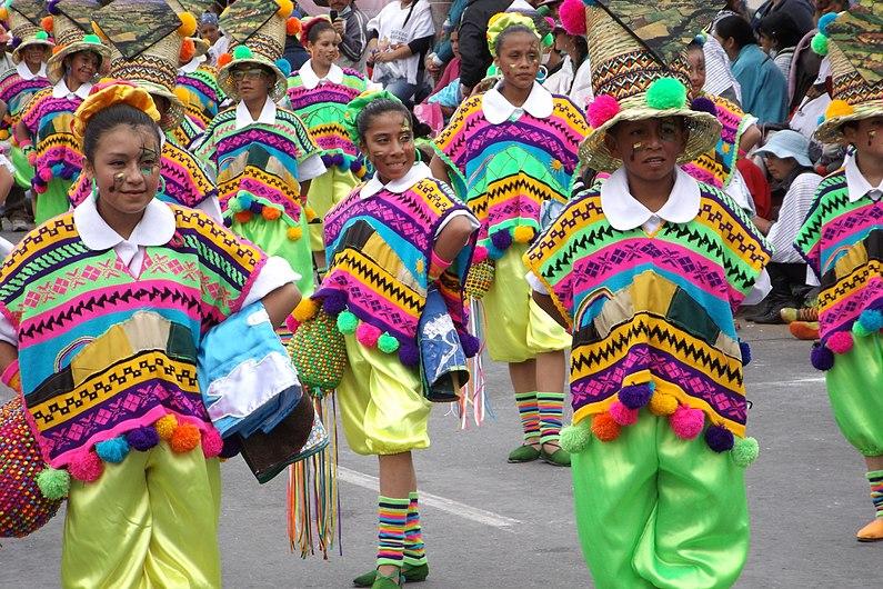 Niñas Carnaval Multicolor de la Frontera.JPG