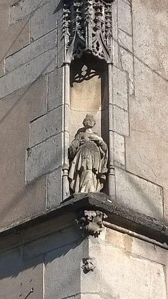 Niche au coin de la mairie de Pulligny (Meurthe-et-Moselle, France)