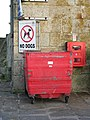 No dogs in this rubbish bin (on St Ives pier) - geograph.org.uk - 1208441.jpg