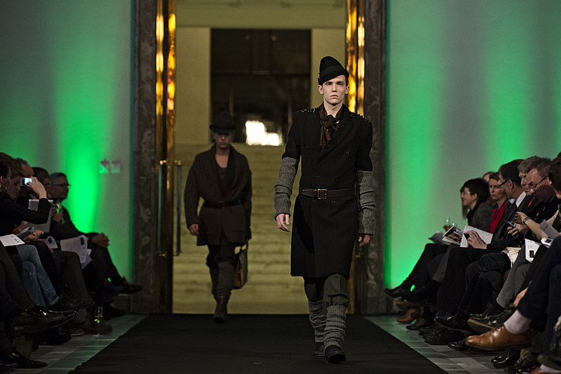 File:Ny Nordisk Mode, Catwalk.jpg