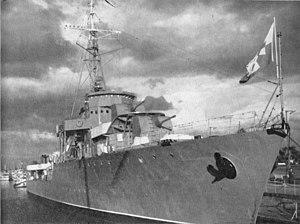Эсминец «Бурза» в гавани Гдыни