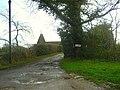Oast House at Sunninglye Farm, Dundale Road, Kent - geograph.org.uk - 582586.jpg
