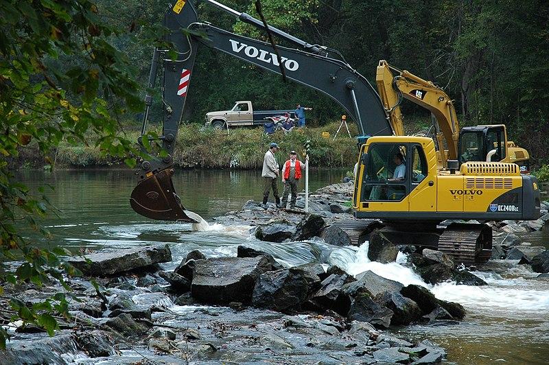File:Octoraro Dam Removal (5178503619).jpg