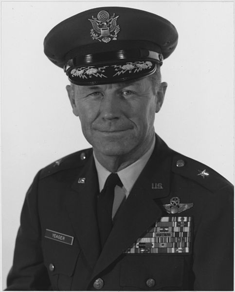 File:Official portrait of Brigadier General Charles E. Yeager. - NARA - 542371.jpg