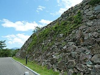 Burdock piling - The ishigaki of Ōzu Castle