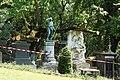 Père-Lachaise - Division 4 - Hoff 13.jpg