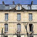 P1250002 Paris V rue Clovis cure St-Etienne facade rwk.jpg