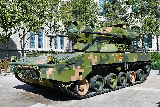 640px-PGZ-09_Self-propelled_Anti-Aircrafft_Artillery_20170919.jpg