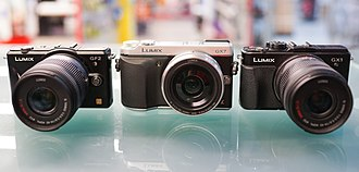 Panasonic Lumix DMC-GF2 - Comparaison of GF2, GX7 and GX1.