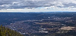 Panorama of Flagstaff (cropped).jpg