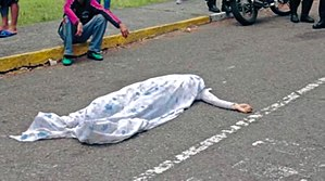 Mother of All Marches - Paola Ramírez's covered body after she was killed