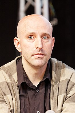 Paris - Salon du livre 2013 - Brian K. Vaughan - 002.jpg