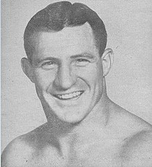 Pat O'Connor - Chicago Wrestling international Amphitheatre - 16 January 1953 (cropped).jpg