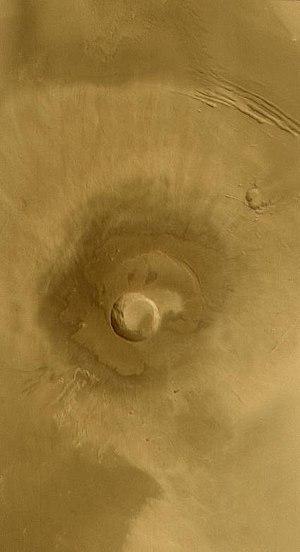 Tharsis Montes - Image: Pavonis Mons PIA05243