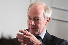 Peter Lilley MP, asking a question from the audience (15765548995).jpg