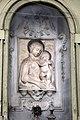 Pistoia, via della madonna, tabernacolo con madonna col bambino 02.jpg