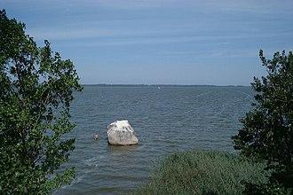 Kamieński Lagoon - Image: Poland Royal Stone by Chrzaszczewska Island