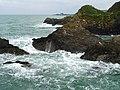 Polperro harbour mouth - geograph.org.uk - 1426099.jpg