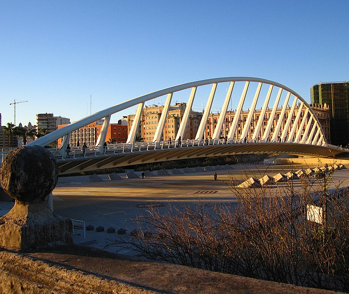 File:Pont albereda valencia.jpg