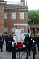 Popemobile at Independence Hall (21585015340).jpg