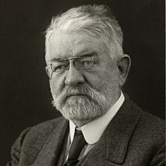 Portrait of Paul Olaf Bodding (1865-1938).jpg