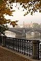 Praha, Staré město, podzimní Mánesův most.JPG