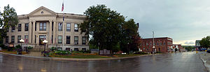 Princeton, Missouri - Mercer County Courthouse and downtown