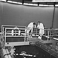 Prins Bernhard bezocht reactorcentrum Petten, de Prins op de brug, Bestanddeelnr 917-2070.jpg