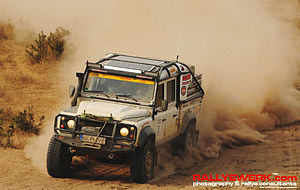 Land Rover Defender 130CC-R(hino) - Field testing