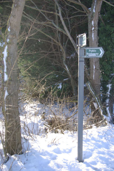 File:Public bridleway signs by Old Tollbar House - geograph.org.uk - 1628240.jpg