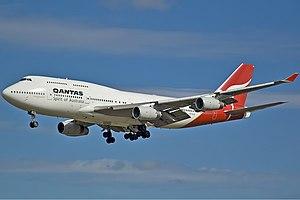 Qantas Boeing 747-400 SYD Gilbert-1.jpg