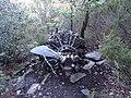 Restes de l'accident d'avió a l'Albera el 1986 (novembre 2012) - panoramio.jpg