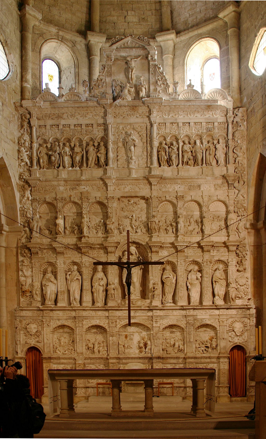 Retable and crucifix - Monastery of Poblet - Catalonia 2014