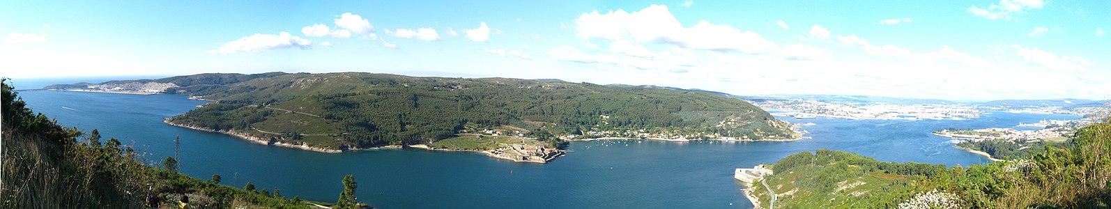 Ria de Ferrol - Galicia - Spain - 02 - Panorama.jpg