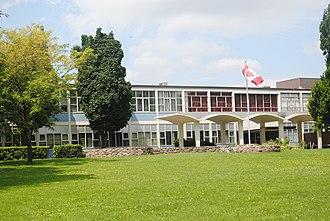 Princess Gardens - Richview Collegiate Institute is a secondary school located in Princess Gardens.