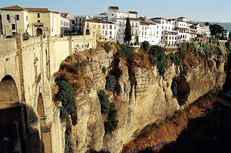 File:Ronda La Ciudad2004.jpg