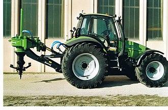 Stump grinder - Image: Rotor stump grinder with tractor