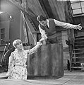 Rudi Carrell TV-show, Rudi Carrell en Jenny Arean, Bestanddeelnr 919-0485.jpg