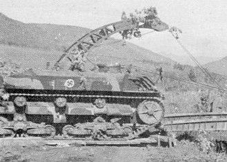 Sōkō Sagyō Ki - SS-Ki of the 5th Independent Engineer Regiment using its crane