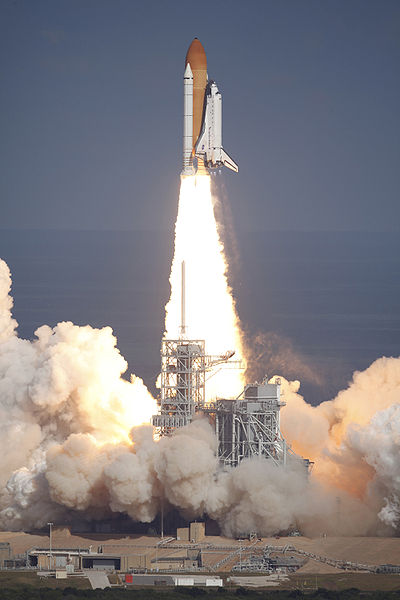 nasas space shuttle rises from the dead to power new - 682×1023