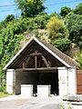 Saint-Vaast-lès-Mello (60), lavoir d'en-haut.jpg