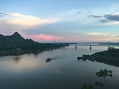 Salween River and Thanlwin Bridge at sunset.jpg